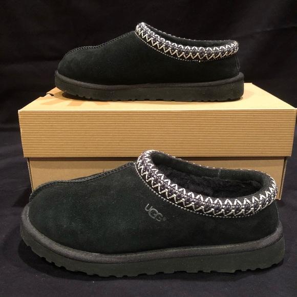 1abe79c6efd UGG Women's Tasman Slippers Black Size 8